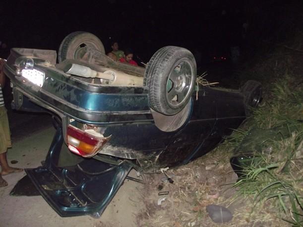 O carro ficou totalmente destruido