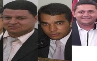 Vereadores Welton Santos(esq.), Hebert Duarte(cen) e Marcelo da Padaria(dir) e Capegan Maia votaram a favor do prefeito