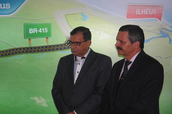 Os prefeitos de Ilhéus e Itabuna, Jabes Ribeiro e Claudivane comemoraram o lançamento do edital