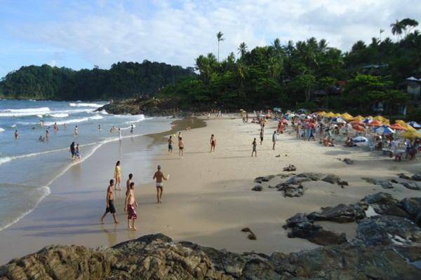 As praias de Itacaré são muito frequentadas, e  com  isso, a presença dos Salva -Vidas  é necessário