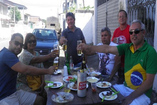 Os convidados fizeram um brinde a Independência do Brasil