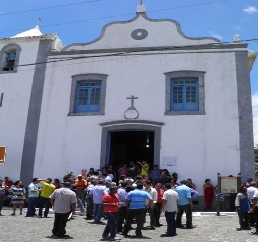 A igreja de S. Miguel  vai receber centenas de fiéis de toda região