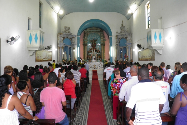 O novenário teve inicio no dia 20/09 e todo os dias a Igreja fica lotada