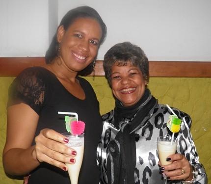 Luciana e Nancy de bem com a vida