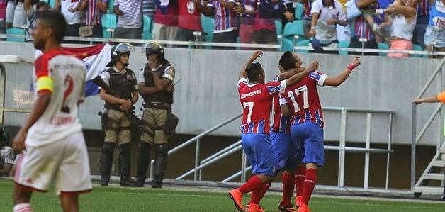 O Bahia venceu o sempre-afamado Flamengo pelo placar de 2 x 1