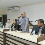 UBATÃ: MESA DA CÂMARA DE VEREADORES EMPOSSA NOVO PRESIDENTE