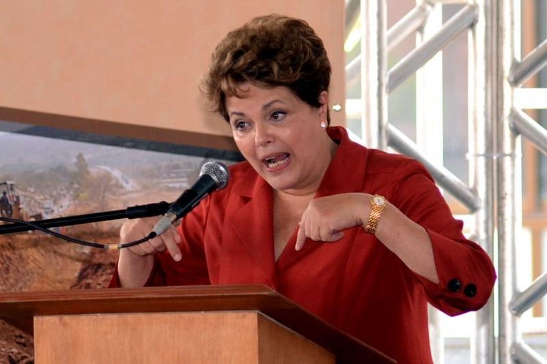 A petista participa hoje da abertura, e logo mais à noite desembarca em Salvador