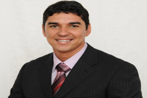 O vereador e presidente da Câmara Jaquison Mendes Brito (PDT), é acusado de varias irregularidades