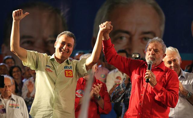 Resultado de imagem para Lula e Rui costa