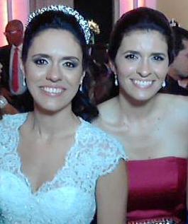 Sílvia (esq) e Luciana (dir) foram esfaqueadas pelo tio, Marco Antônio Teixeira, que morreu ontem (19) (Foto: Reprodução/Facebook)