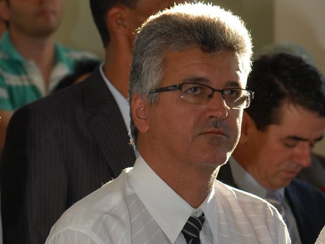 O prefeito Célio foi cassado por improbidade administrativa