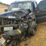 CARRO DE DEPUTADO COLIDE COM MOTO E MOTOCICLISTA MORRE
