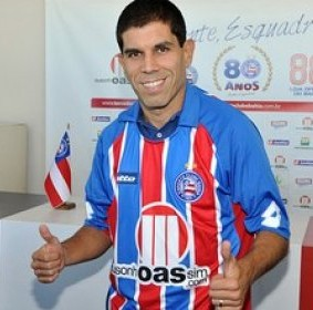O  ex-jogador Ricardinho, já  defendeu o Bahia na temporada de 2011.