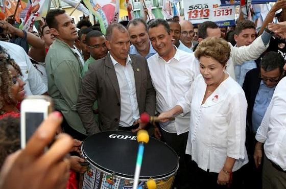 Dilma antes da caminhada tem encontros com prefeitos e lideranças da Bahia