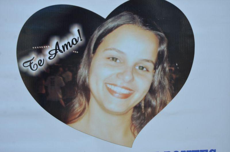 Foi  grande a manifestação dos familiares de Milene, pédido Justiça