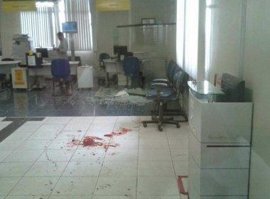 Os bandidos deixaram um rastro de sangue na agência do BB
