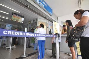 Dólar em alta, ações da Petrobras em baixa, inflação subindo e, de quebra, perspectiva de aumento do preço da gasolina. Confira como isso tudo pode afetar a sua vida