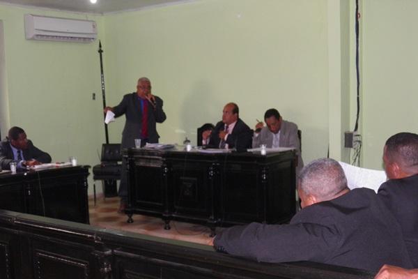 Os vereadores aprovaram por maioria as Contas do ex-prefeito Antonio Hudson (Son)