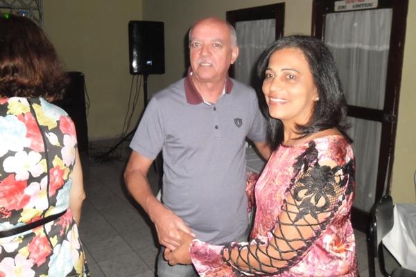 O Casal jorge/Madalena curtiu toda festa agarradinho