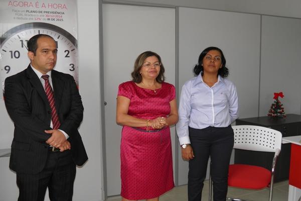 A gerente do Bradesco de Ubaitaba, Gilvanda de Souza, fala da importancia do novo posto