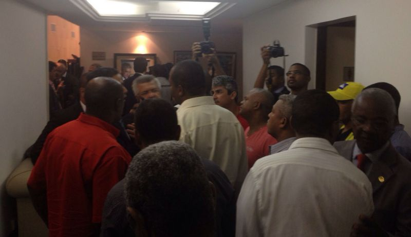 Foi cancelada a sessão desta terça-feira, na Assembleia Legislativa da Bahia, que previa a votação da Lei de Organização Básica da Polícia Militar e do Corpo de Bombeiro