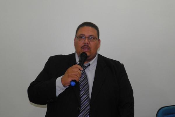 O novo presidente agradeceu o apoio dos colegas e prometeu um legislativo forte