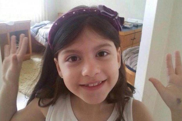 Carol, de 7 anos, foi achada morta dentro de casa (Foto: Reprodução/Arquivo Pessoal)