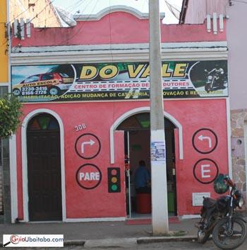 A sede da Auto Escola fica na Av. Presidente Vargas,Centro Ubaitaba