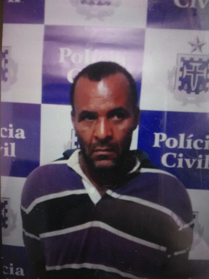 """Líder de uma quadrilha de ladrões de bancos e carros-fortes que atua nas regiões Norte e Nordeste do Brasil, Vangervaldo dos Santos Correia, o """"Ponto 50"""", 49 anos, foi preso"""