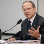 TRE ABSOLVE ROBERTO BRITTO DE ACUSAÇÕES SOBRE PROPAGANDA ELEITORAL ANTECIPADA