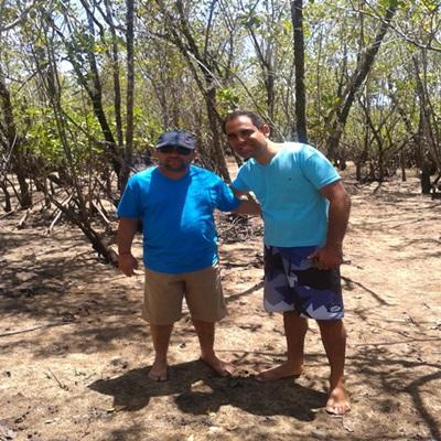 """Márcio e o amigo caminharam sobre o 'Mangue Seco"""""""
