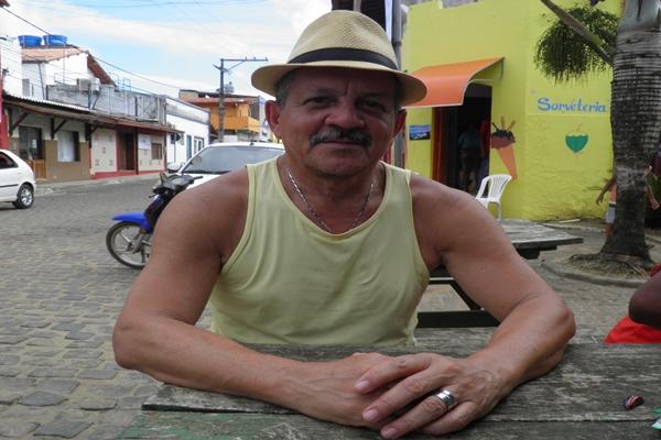 Dr. Pimentel completa 66 anos e comemora com amigos e familiares