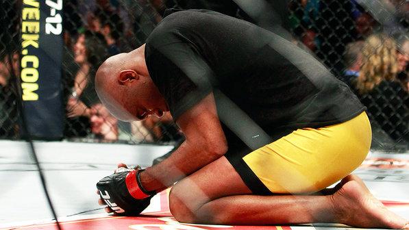 O UFC e a Comissão Atlética de Nevada não confirmam a informação, repassada ao veículo americano sob pedido de anonimato.