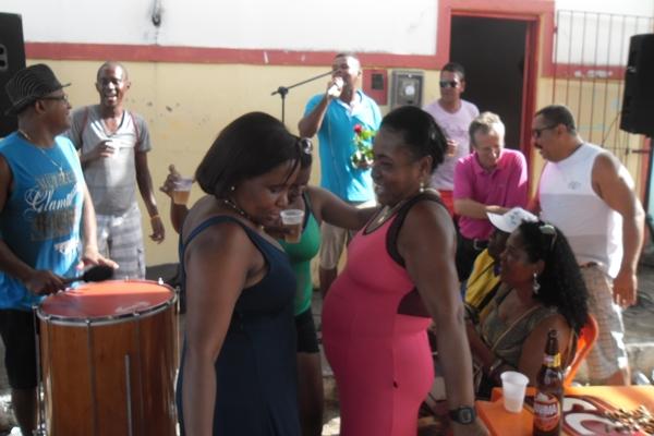 As ouvinte Helenice e Vilma dançaram pra valer