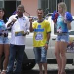 AURELINO LEAL: GARI RECEBE  01CARRO E  DUAS  MOTOS GANHOS EM SORTEIO