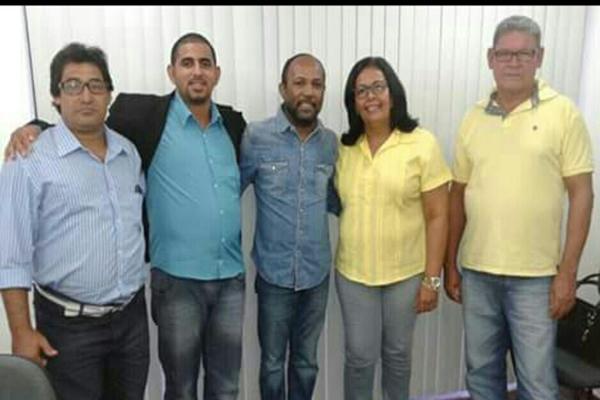Os vereadores Ismail Santos e  Suely Carneiros, juntamente com Dílson do Táxi e Zé Bolacha, foram acompanhando pelo Deputado Federal, Bebeto.