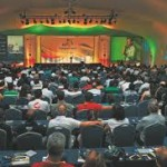 : LULA PERDE DESTAQUE PARA FHC EM EVENTO EM ILHA  DA BAHIA (Por Jairo Costa Júnior)