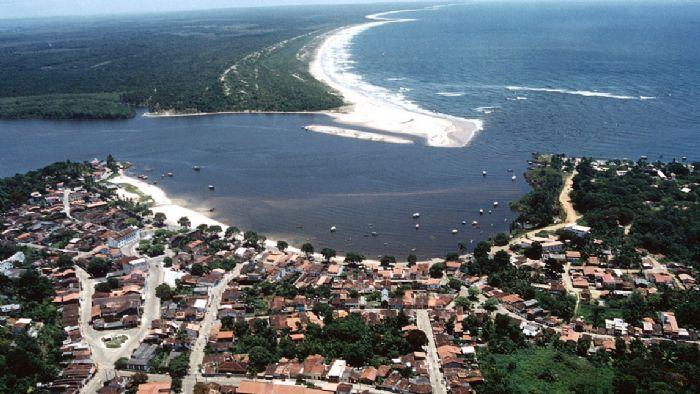 As noites do feriado de 21 de abril em Itacaré  serão recheadas com algumas das melhores produções atuais brasileiras.