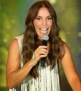 A emissora está negociando com a cantora para que ela se apresente em seu show de 50 anos