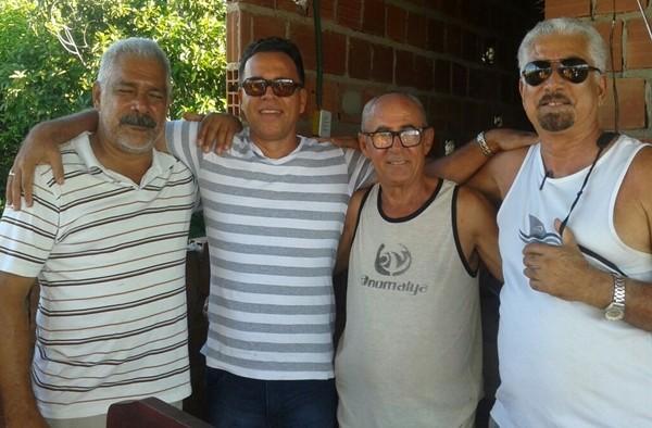 Da esquerda: Celidalvo Gomes, Bruno Moisés, O aniversariante, Antonilton e  Humberto Hugo