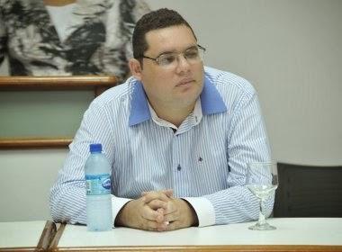 Rodrigo Dias (32), jovem escritor baiano naturalUbatã,