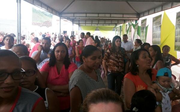 O povo marcou presença  durante a inauguração do UBS Miguel Kalid.