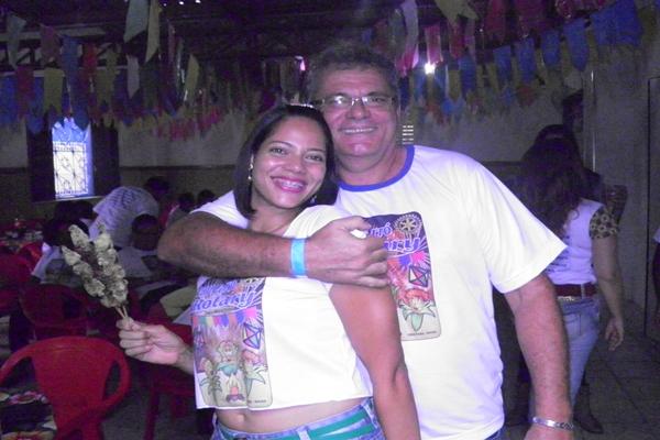 Mário Lima e esposa caíram no forró