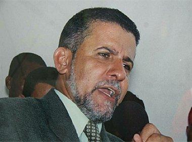 O ex-prefeito Adaílton Magalhães fica impossibilitado de cocnorer