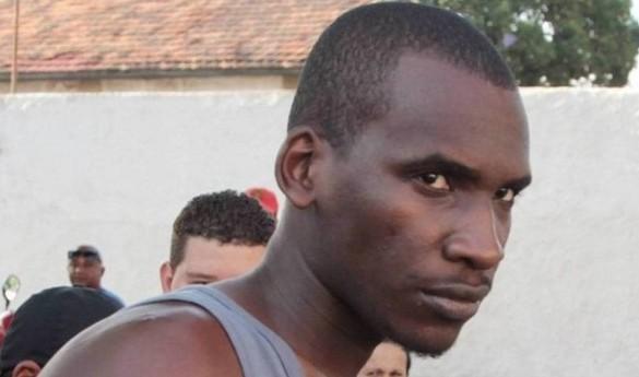 """aílson José das Graças — que confessou, ao ser preso, em dezembro do ano passado, ter matado 43 pessoas — não """"reúne sinais e sintomas que configurem doenças mentais"""