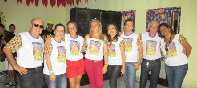 Rotarianos curtiram  a festança: Kekede, Elied, Reijane, Rosa, Elma, Espedito e essa Colunista.
