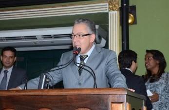 O vereador de Salvador Isnard Araújo (PR) ainda não desistiu da ideia