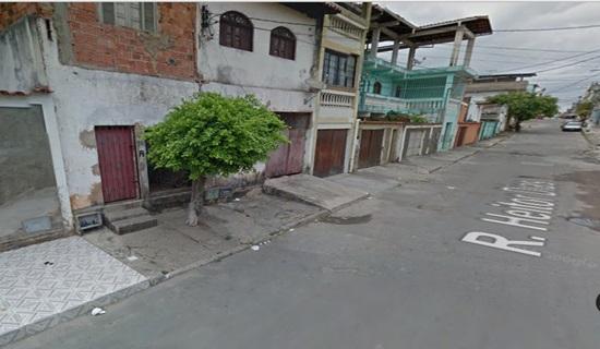 O crime aconteceu nesta rua no Bairro Boca do Rio