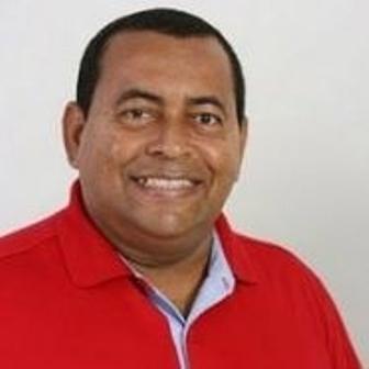 Na gestão de Antônio Mário Damasceno em Itacaré, a prefeitura comprou cerveja para a merenda escolar.