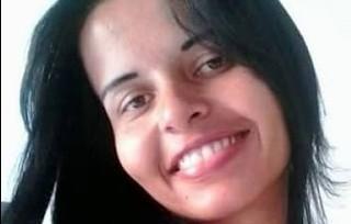 Dayana Pereira, de 27 anos, funcionária de um restaurante, está desaparecida dese sábado em  Mucuri